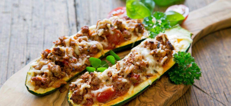 Courgette-Recheada-com-Carne-Picada